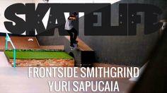 Frontside Smithgrind | Tutorial #SKATELIFE | Yuri Sapucaia - http://DAILYSKATETUBE.COM/frontside-smithgrind-tutorial-skatelife-yuri-sapucaia/ - Frontside Smithgrind | Tutorial #SKATELIFE | Yuri Sapucaia Nesse tutorial, Yuri Sapucaia dá as dicas do frontside smithgrind. A mesma técnica pode ser usada para bordas e trilhos.  O vídeo foi gravado na pista Brasil Skate Camp, zona norte de São Paulo. Brasil Skate Camp: Rua das Macieiras, 249 - C - frontside, sapucaia, skatelife