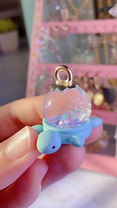 Diy Crafts To Do, Diy Resin Crafts, Diy Crafts Jewelry, Polymer Clay Projects, Polymer Clay Creations, Diy Clay, Cute Crafts, Kawaii Crafts, Polymer Clay Ornaments