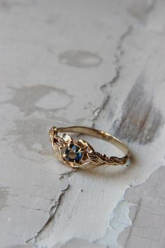 Sapphire engagement ring branch ring 14K yellow gold