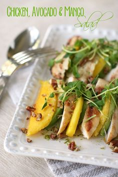 Chicken Avocado Mango Salad - This salad is easy to make! Take it for a picnic! Check out the #RaisinandFig recipe here: http://www.raisinandfig.com/chicken-avocado-mango-salad/#more-4011