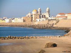 Cadiz. Se sitúa la fundación en el 1104 a. C. y la convierte en la ciudad de Europa Occidental de cuya fundación se tienen referencias más antiguas.