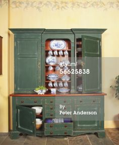 Stock-Foto : Traditional provincial antique kitchen dresser.EUR 450 Kitchen Dresser, Liquor Cabinet, Traditional, Antiques, Storage, Creative, Furniture, Home Decor, Pictures