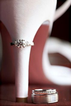 Cool Photo of the Engagement and Wedding Rings