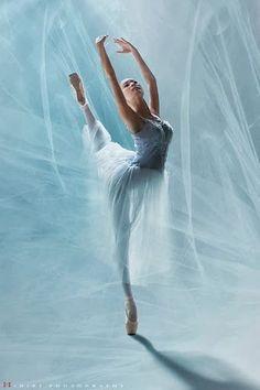 Ballerina in blue dance photography, danc ballet, ballet dancers, blue ballerina, art, beauti dancer, aqua, grace danc, ballet ballerina