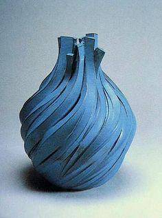 KAMATAKI-YA Japanese Ceramics, Japanese Pottery, Modern Ceramics, Contemporary Ceramics, Ceramic Clay, Porcelain Ceramics, Ceramic Pottery, Pottery Art, Cerámica Ideas