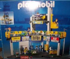 Buy Playmobil 3186 Airport Boarding Gate with Tower Large selection at low prices - http://wholesaleoutlettoys.com/buy-playmobil-3186-airport-boarding-gate-with-tower-large-selection-at-low-prices