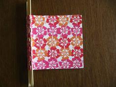 How to make a piano hinge mini scrapbook - super-easy & very inexpensive  :-)  #DIY  #craft