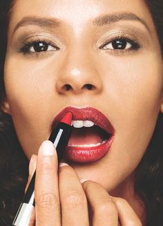 Ultra Color Lip Crayon: Solution to getting the #PerfectPout #AvonMakeup www.youravon.com/ncwalker210
