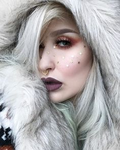 """Inspired by @valfre ✨❄️❄️❄️ The whole look from yesterday.  Eyes/brows/freckles: @anastasiabeverlyhills eyeshadows gold bar, orange soda, peach sorbet, cream, blazing, glisten and sateen. Dipbrow pomade and browwiz in taupe 