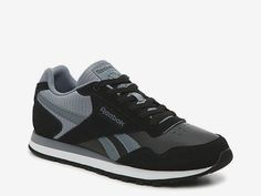 Are you looking for more info on sneakers? Then click through right here for addiitional information. Associated information. Nmd_Xr1 Pk Mens Sneakers By1909. Sneakers happen to be an eleMent of the fashion world more than you may think. Today's fashion sneakers have little likeness to their early predecessors but their popularity is still undiminished. #sneakersnike Running Sneakers, Running Shoes For Men, Mens Running, Black Sneakers, Leather Sneakers, Kenneth Cole Sneakers, Sneaker Stores, Cross Training Shoes, Sneaker Boots