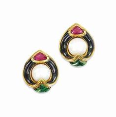 a_pair_of_tourmaline_cultured_pearl_and_enamel_ear_clips_by_marina_b_d5639686h.jpg 334×340 pixels