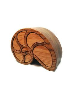 Nautilus shell wooden box / home decor / bandsaw box / wood box / desktop organizer / jewelry box / wood sculpture / oak / art deco / sea