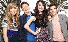 Depois de sete temporadas, o seriado sucesso da Nickelodeon chegou ao fim. Já estamos sentido muita falta de acompanhar as armações e confusões de Carly (Miranda Cosgrove), Sam (Jennette McCurdy), Spencer (Jerry Trainor), Freddie (Nathan Kress), e Gibby (Noah Munck) (Gibby). O elenco era um dos mais divertidos da TV!  5 atrações que acabaram em 2012 e vão deixar saudade! - Top 5 - CAPRICHO