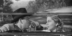 Laurence Olivier and Joan Fontaine in Rebecca (Alfred Hitchcock, 1940)