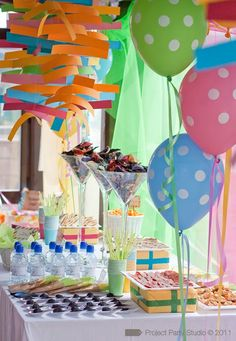 Project party studio » ¿Estáis preparados para una explosión de color?