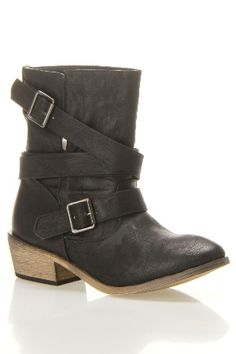 Fall Must Have Boots starting at 19.99$ - Beyond the Rack