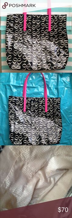 Nwot Kate spade bon shopper!  SALE!! Black bow Bon shopper with pink handles! Patent leather. Clean inside. Nwot. Open to offers and trades! kate spade Bags Totes