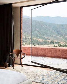 Moroccan Villa Designed by French Studio KO – Design. Moroccan Villa Designed by French Studio KO – Design. Moroccan Villa Designed by French Studio KO – Design. Villa Design, House Design, Life Design, Home Interior Design, Exterior Design, Interior And Exterior, Studio Interior, Interior Modern, Modern Exterior
