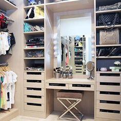 Walk-in wardrobe idea