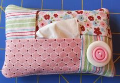 Tissue holder sewing pattern.  Great item for my purse!