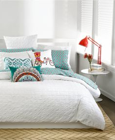 Get squared away! This bar Iii Box Pleat White comforter gives your bedroom a modern update without losing classic elegance. Crafted with count cotton, the box pleat pattern provides a hint Bedroom Bar, White Bedroom, Single Bedroom, Bedroom Ideas, King Comforter, Queen Duvet, Trendy Bedroom, Modern Bedroom, White Duvet Covers