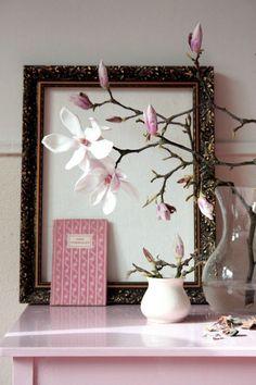 shabby pink Spring display