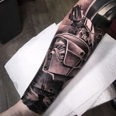 If you celebrate May if you watch Star Wars in sickness and in health, you will surely love some of the most beautiful Star Wars tattoos in the galaxy. Stormtrooper Tattoo, Darth Vader Tattoo, War Tattoo, Star Wars Tattoo, Portrait Tattoo Sleeve, Sleeve Tattoos, Trendy Tattoos, Cool Tattoos, Geek Tattoos