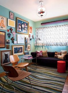 eclectic living room by Janel Holiday Interior Design Eclectic Living Room, Living Room Decor, Hippie Home Decor, Home And Deco, Living Room Lighting, Mid Century Modern Furniture, Home Decor Kitchen, Interiores Design, Decor Styles