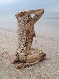 New Nature Art Sculpture Statues Ideas Driftwood Sculpture, Driftwood Art, Wooden Sculptures, Wooden Statues, Outdoor Sculpture, Arte Peculiar, Art Et Nature, Outdoor Art, Land Art