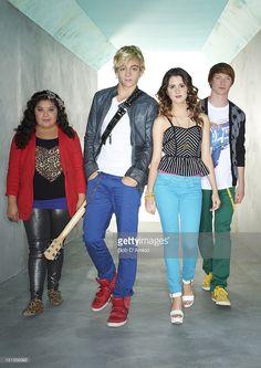 Disney Channel Shows, Disney Shows, Austin E Ally, Raini Rodriguez, Another A, Old Disney, Disney Cast, Laura Marano, Disney Films