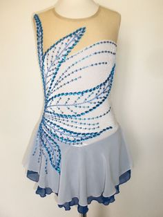CUSTOM MADE NEW FIGURE SKATING BATON TWIRLING DRESS