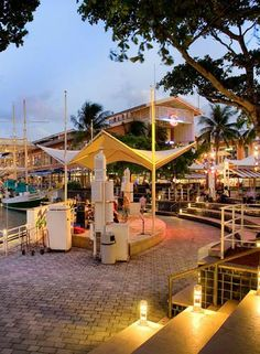 Bayside Marketplace provides exciting shopping, dining, and entertainment in Miami, Florida.    Photo credit: Bayside Marketplace