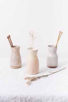 t&h needle vase