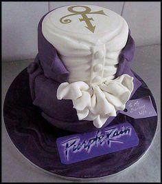 Carrot cake with caramelized nuts - HQ Recipes Prince Cake, Prince Party, My Prince, Prince Shirt, Prince Purple Rain, Unique Cakes, Creative Cakes, Prince Birthday, Birthday Cake