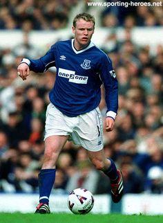 Michael Ball of Everton in Goodison Park, Everton Fc, Retro Football, Soccer, Hero, Baseball Cards, Sports, T Shirt, England