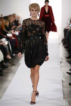 Oscar de la Renta RTW Fall 2014 - Slideshow - Runway, Fashion Week, Fashion Shows, Reviews and Fashion Images - WWD.com