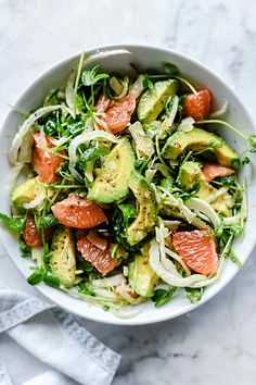 The Sicilian-inspired salad's flavor combination of fennel's sweet licorice flavor, juicy tart grapefruit and smooth avocado topped with salty Parmesan is a welcome addition to any meal any time of the year. Fennel Recipes, Veggie Recipes, Salad Recipes, Healthy Recipes, Dishes Recipes, Grapefruit Salad, Fennel Salad, Pomelo Salad, Salads