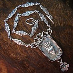Flaming Heart Reliquary 2012 Lorena Angulo Silver art-i-create Heart Jewelry, Metal Jewelry, Jewelry Art, Beaded Jewelry, Silver Jewelry, Handmade Jewelry, Jewelry Necklaces, Jewelry Design, Jewelry Ideas