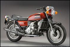 Silnik Wankla jednorotorowy.  Suzuki RE-5 z 1976 roku.