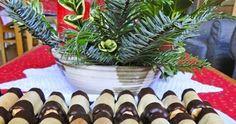 Medové trubičky Christmas Wreaths, Holiday Decor, Plants, Home Decor, Decoration Home, Room Decor, Plant, Home Interior Design, Planets