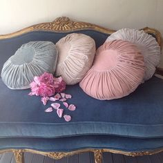 Bring vintage style to your living space with gorgeous couture clothing, furniture, art, and bedding from the original shabby chic designer, Rachel Ashwell.