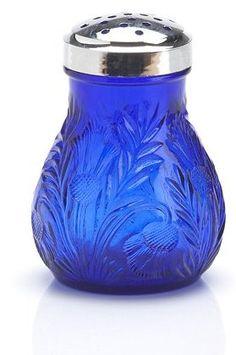 cinnamon sugar shaker, I Love this little treasure! Cobalt Glass, Cobalt Blue, Love Blue, Blue And White, Color Blue, Blue Bottle, Blue China, Antique Bottles, Vintage Bottles
