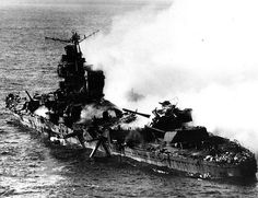 Japanese heavy cruiser Mikuma, photographed from a USS Enterprise SBD aircraft during the Battle of Midway, after she had been bombed by planes from Enterprise and USS Hornet Note her. Uss Hornet, Uss Yorktown, Heavy Cruiser, Imperial Japanese Navy, History Online, Iwo Jima, Navy Ships, Pearl Harbor, Cruises
