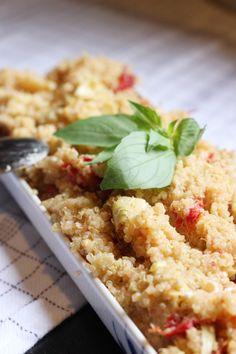 Artichoke & Sun Dried Tomato Quinoa Salad