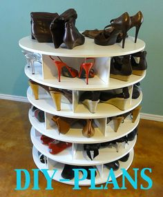So much cooler than a hanging shoe rack or a bin at the bottom of the closet that you have to dig through! DIY Lazy ShoeZen Shoes Rack Plans /lazy susan shoe rack Organiser plans. $19.00, via Etsy.