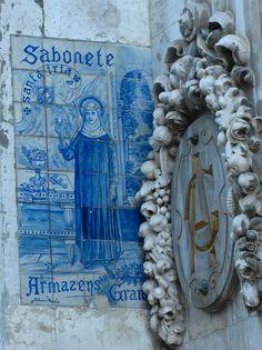 Lisboa, Portugal #azulejos