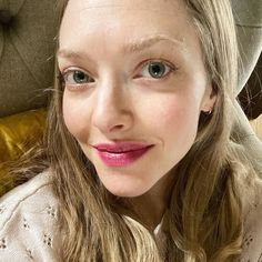 "Amanda Seyfried💛 na Instagramie: ""All made up and nowhere to go but back onto the couch to watch Frozen 2. Thanks for the chat, @lisaeldridgemakeup! And thanks for everyone…"" Amanda Seyfried, To Go, Make Up, Instagram Posts, Frozen, Couch, Sofas, Sofa, Makeup"
