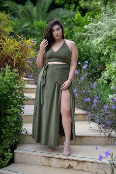 long maxi skirt Curvy fashion - African Styles for Ladies Plus Size Dresses, Plus Size Outfits, Nice Dresses, Ivory Dresses, Ashley Graham Dessous, Curvy Women Fashion, Plus Size Fashion, Womens Fashion, Nadia Aboulhosn