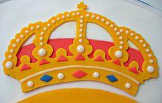 Bildergebnis für escudo real madrid fondant paso a paso Real Madrid Cake, Fiesta Real Madrid, Real Madrid Logo, Real Madrid Team, Real Madrid Players, Logo Real, Football Cake Design, Football Cakes, Cupcake Cookies