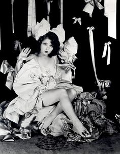 Clara Bow with bows